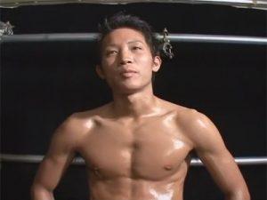【ゲイ動画ビデオ】ヤンチャ系なシックスパックの4人の筋肉男子が登場…AFで部屋中に響き渡るエロい喘ぎ声!