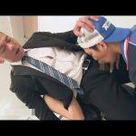 【ゲイ動画】配達員がダンディなノンケ男と女が事務所で乳繰り合っているところを見て欲情し乱入セックス!