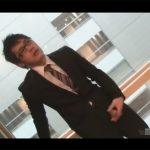 【ゲイ動画】変態眼鏡リーマンがオフィスビルで大胆露出…廊下やトイレと人が来そうな場所でオナニー!