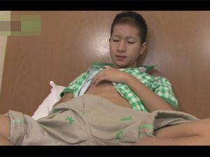 【ゲイ動画】オラオラ系がスジ筋の体を自分でいじりながら自慰行為を楽しみ続けることになっちゃう!