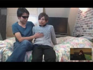 【ゲイ動画ビデオ】カップルの彼氏が男相手にどこまで身体を許せるかモニタリング…隠しカメラで彼氏がヤラれているところを彼女が見る!