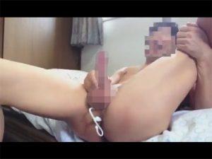 【ゲイ動画ビデオ】ドライオーガズムの真っ最中を自撮り…エネマグラのヘッドが前立腺を刺激しメスイキしている素人!
