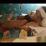 【無修正ゲイ動画】手コキ寸止めからのガーゼによる亀頭責めで悶絶する手枷に目隠しのM野郎を弄んでいる個人撮影ムービー!