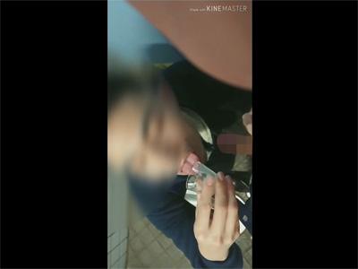 【ツイッターゲイ動画】包茎サラリーマンにショットグラスに射精してもらいお掃除フェラの後にその精液を飲み干す変態素人!