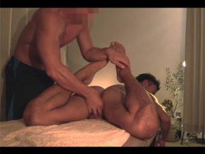 【ゲイ動画ビデオ】エステで全身を揉みほぐされて発情をさせられた男がアナルセックスもさせられちゃう!