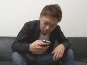 【ゲイ動画ビデオ】掲示板で知り合ったウケからヤリたいとメールが…!家に行って即ハメするエグザイル系のオラメン!