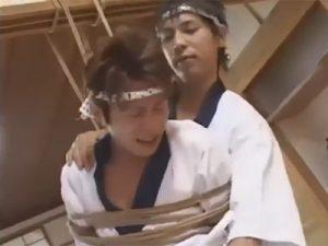 【ゲイ動画ビデオ】ヘマをやらかした板前を師匠がSM制裁!緊縛、浣腸、男体盛りと弄ばれケツマンも当然チンポで貫通されてしまう!