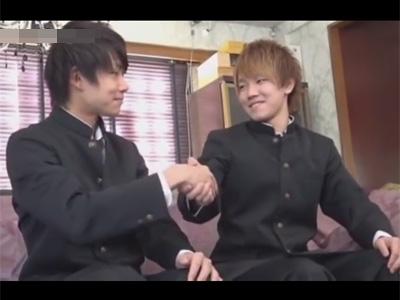 【ゲイ動画】学ラン姿のイケメンDKの2人がアナルセックスで愛を深めて絶頂をすることになる!