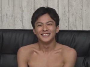 【ゲイ動画ビデオ】スジマッチョな男がアナルセックスを激しくされて絶頂をする姿を披露してくれることになる!