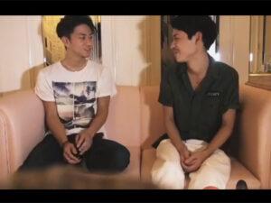 【ゲイ動画ビデオ】2人のイケメンが愛を感じながらアナルセックスを楽しんで玩具の刺激も楽しんで悶絶する!