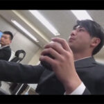 【ゲイ動画】薬で眠らされたイケメンサラリーマンが同僚の男に目隠しをされて拘束をされながら犯される!