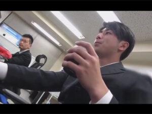 【ゲイ動画ビデオ】薬で眠らされたイケメンサラリーマンが同僚の男に目隠しをされて拘束をされながら犯される!