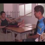 【ゲイ動画】学校の教室にいた2人の体育会系の男がアナルセックスをして愛を感じながら果てることになる!