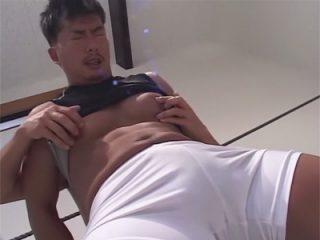 【ゲイ動画】レスリングの練習から手コキプレイにハッテン…がっちりボディーの夏野太陽のエロレスリング!